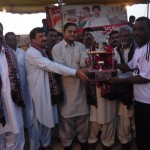 Malir Union captain Munir Ahmed receivng Runners-up Trophy