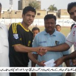 Amir Khan (Baloch Mohammadan) gets MOTM award from FC Rovers captain Ammar Shah