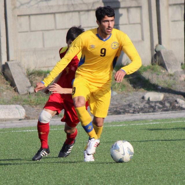 Kaleemullah 'satisfied' with FC Dordoi progress [Express Tribune]