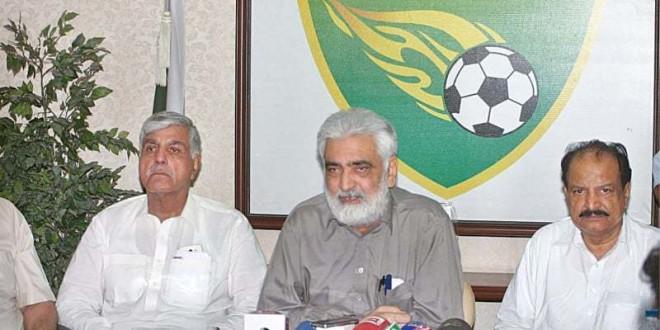 Hafiz Salman recalls good old days of Pakistan football [The Nation]