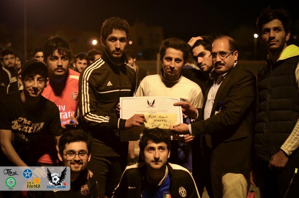Saints FC - Footy Mania 16 champions