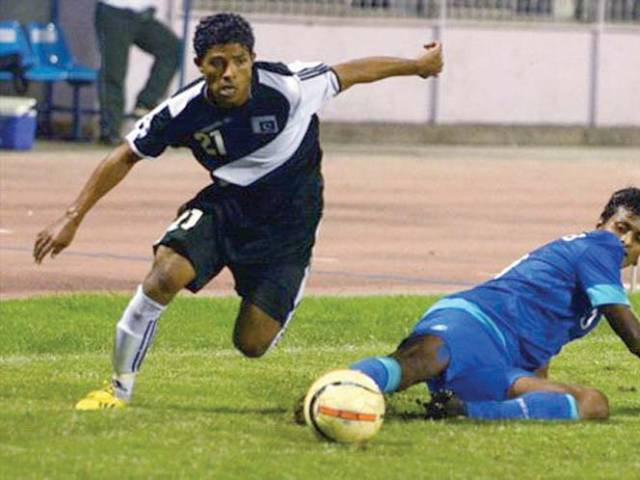 Players' association: Coaches hampering formation, says Adil [Express Tribune]