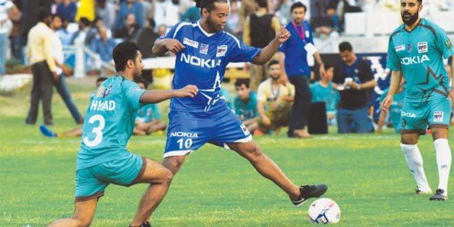Riaz, Hassan strikes help Ronaldinho win series [The News]