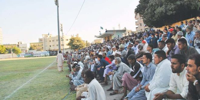 KMC Stadium fills up as team from Chaman plays [Dawn]