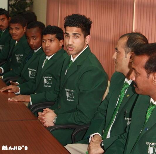 Yousuf Butt with M Adil (KRL), Ubaid (KESC), Gohar Zaman, Nasir Ismail