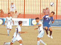 Anticlimax as KRL-KESC clash ends in goalless draw [DAWN]