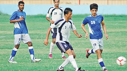 Rehman helps KESC edge KPT 3-2