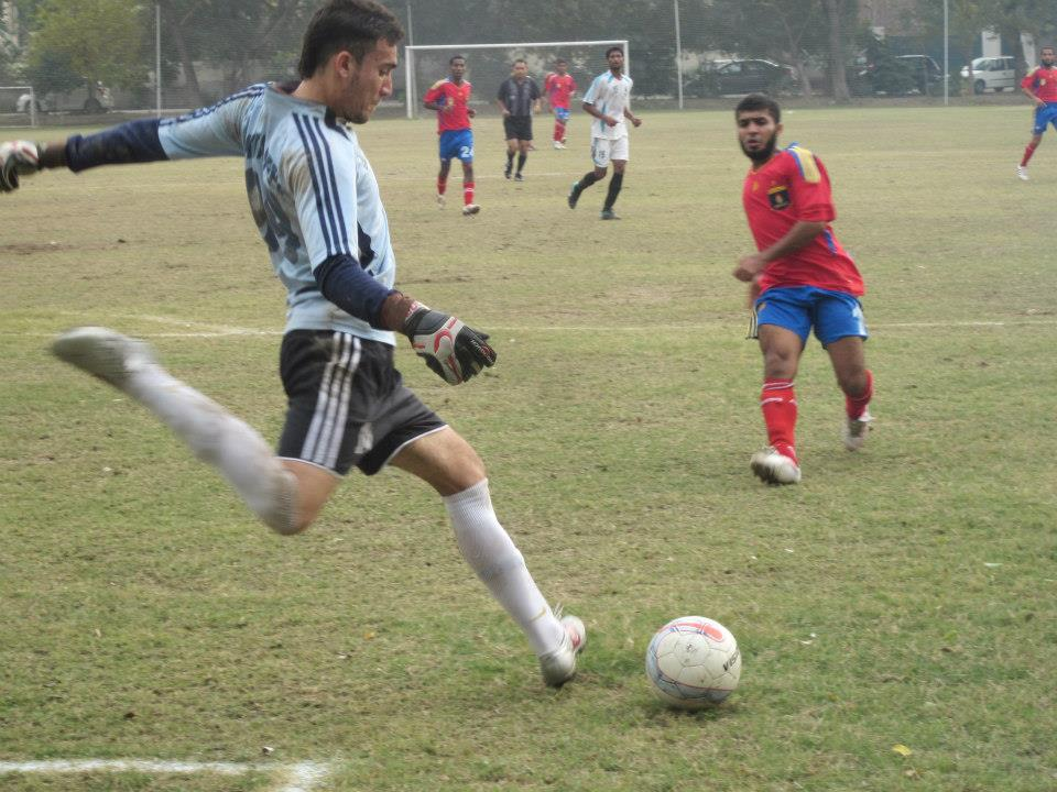 SSGC breeze past Pak Steel in PFF League