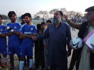 Saeed Afzal Butt, president Muslim Sports, addresses the prize ceremony