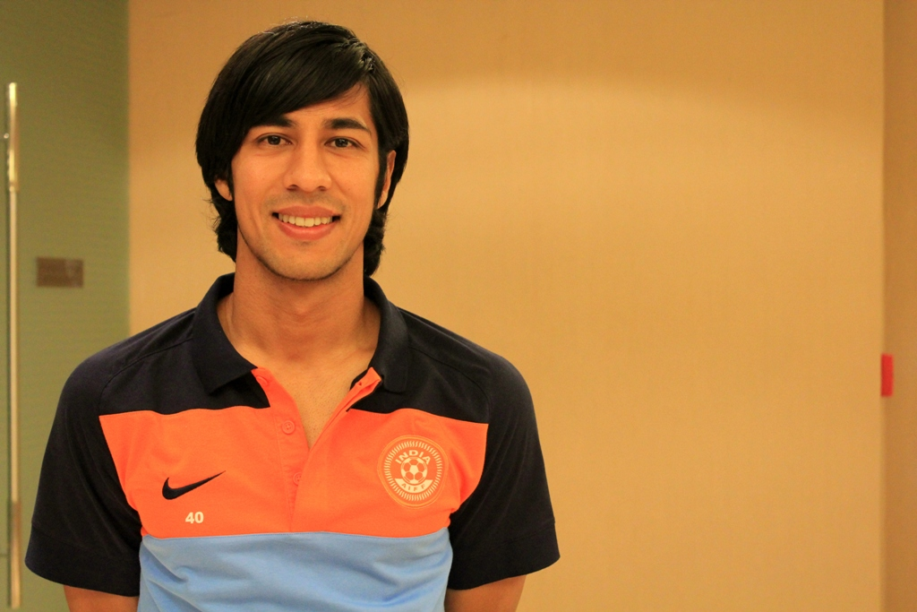 Arata-Izumi-wearing-his-new-Indian-National-Team-kit.-1274967