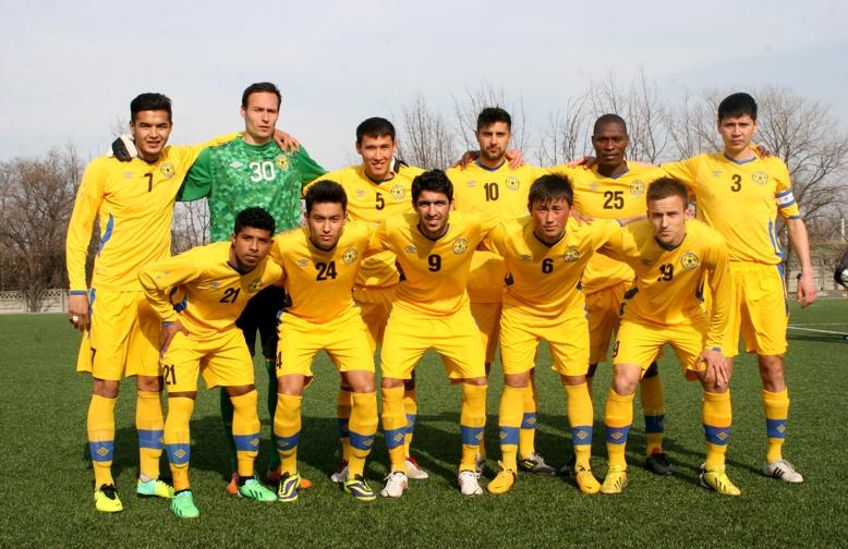 FC Dordoi Bishkek team with Kaleemullah (#9) and Adil (#21).