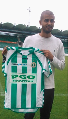 Nabil Aslam signs for Danish 1st Division side AB