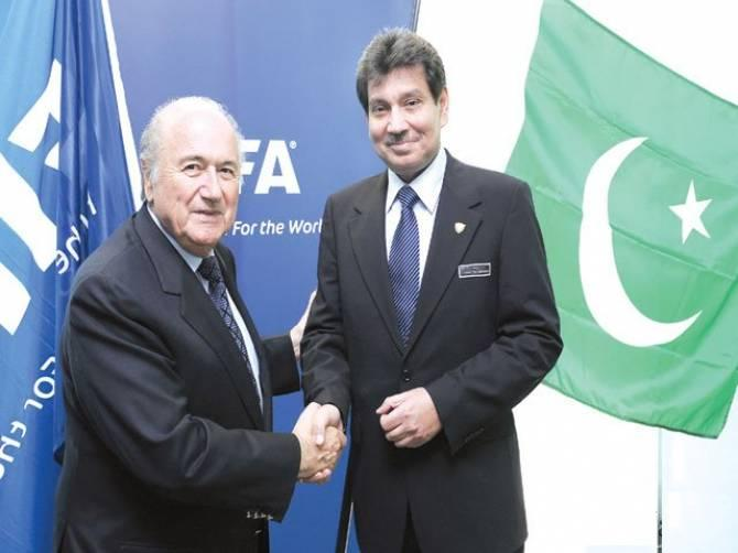 FIFA gives $1.3 million bonus to its national federations [IWF]