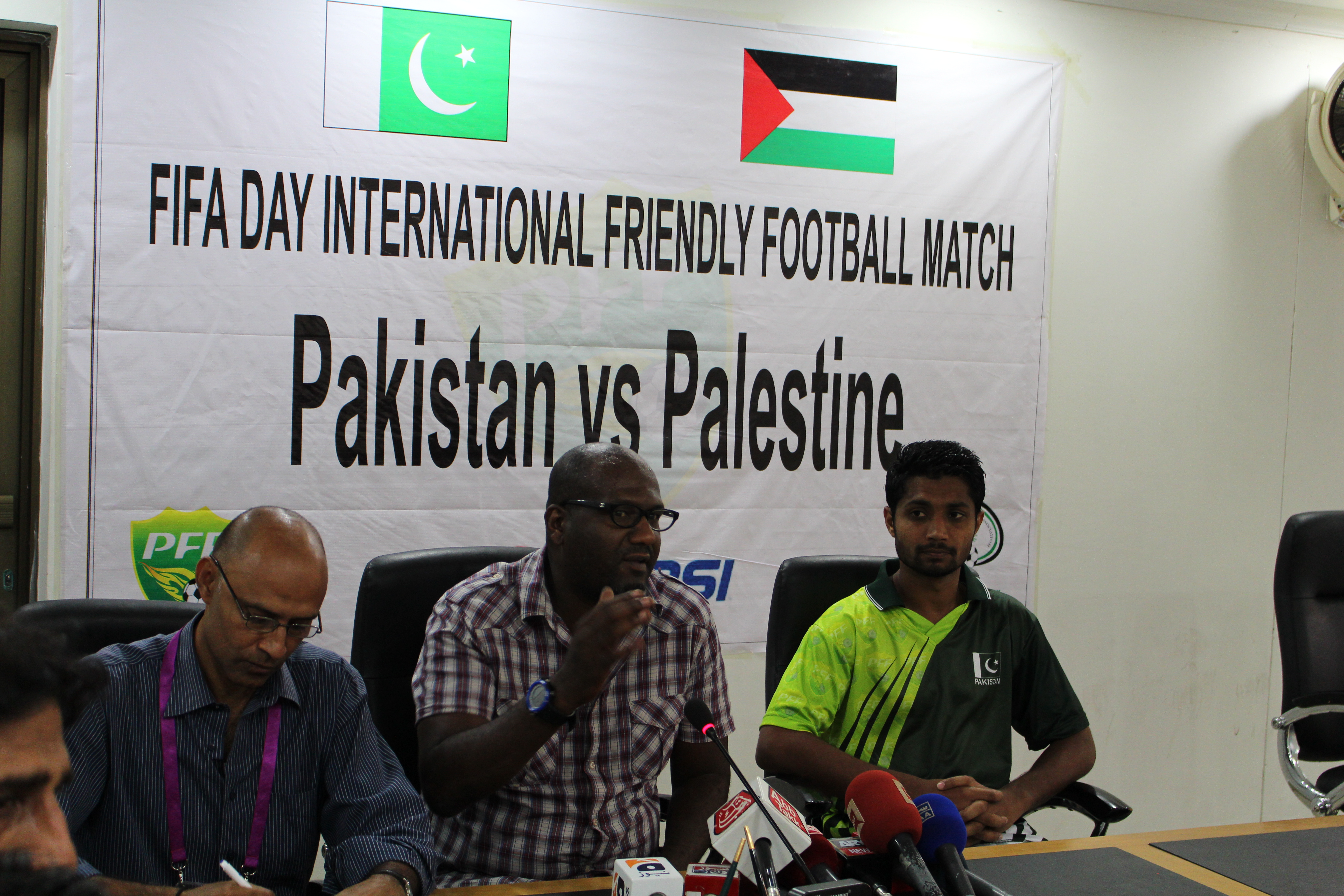 """Pakistan coach Shamlan: """"If Kaleemullah doesn't come, no problem then. I will play 11 players anyway."""""""