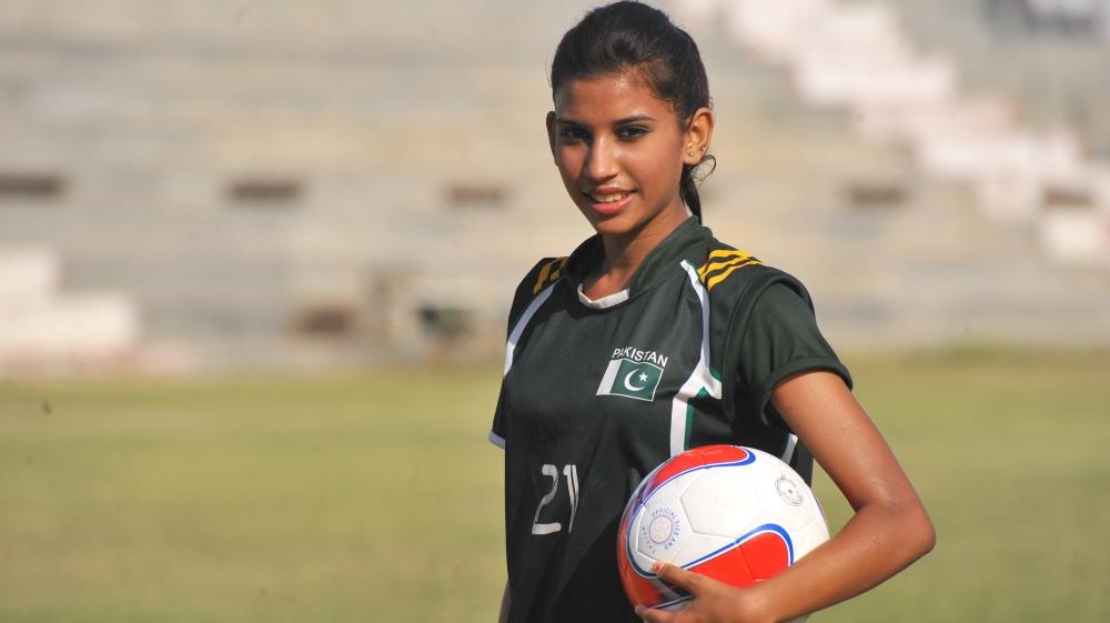 Christian footballer kicking down barriers in Pakistan [Al Jazeera]