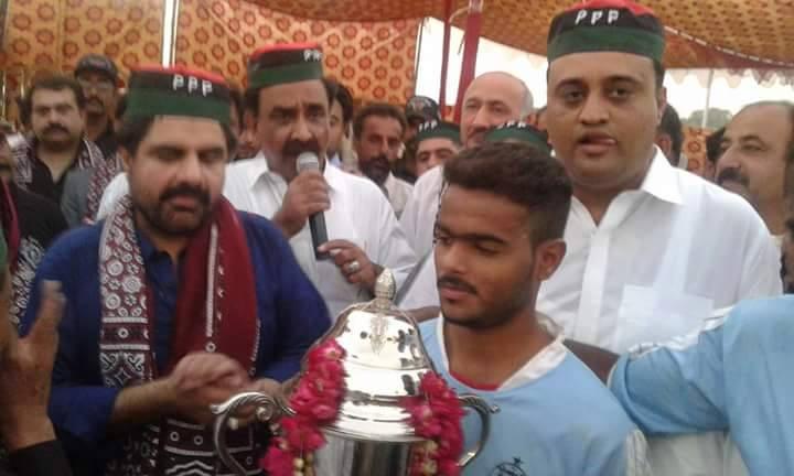 Malir Young Boys FC getting Abdullah Murad Memorial Cup