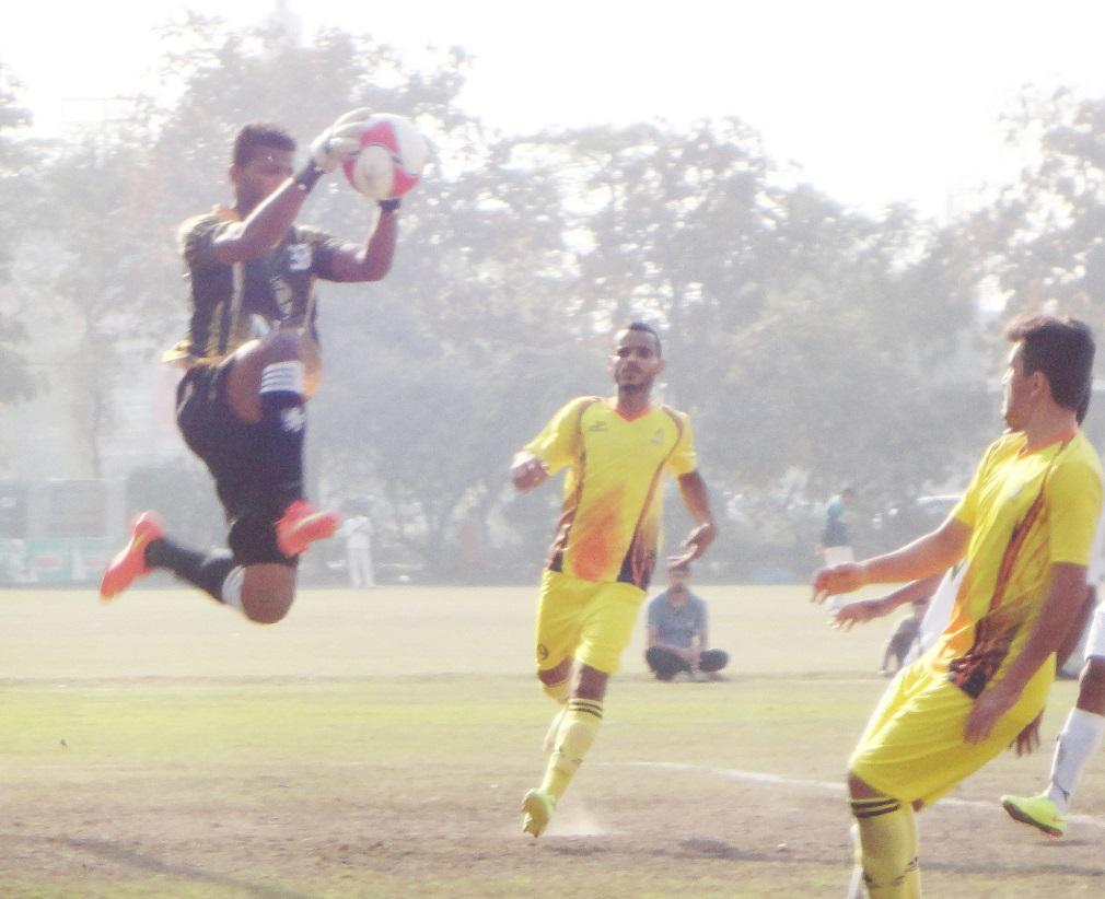 Omar's shootout heroics put NBP into PFF Cup semis [Dawn]