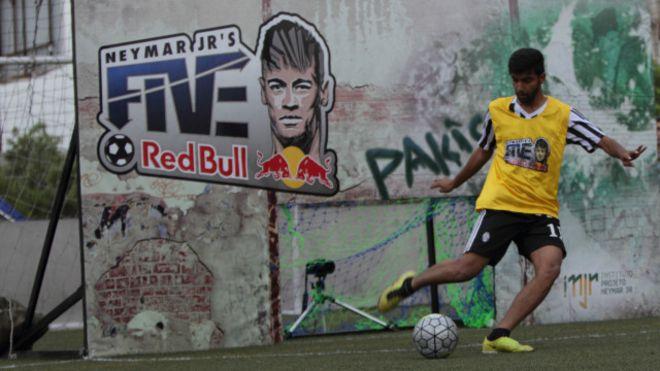 Neymar Jr's Five returns [Dawn]