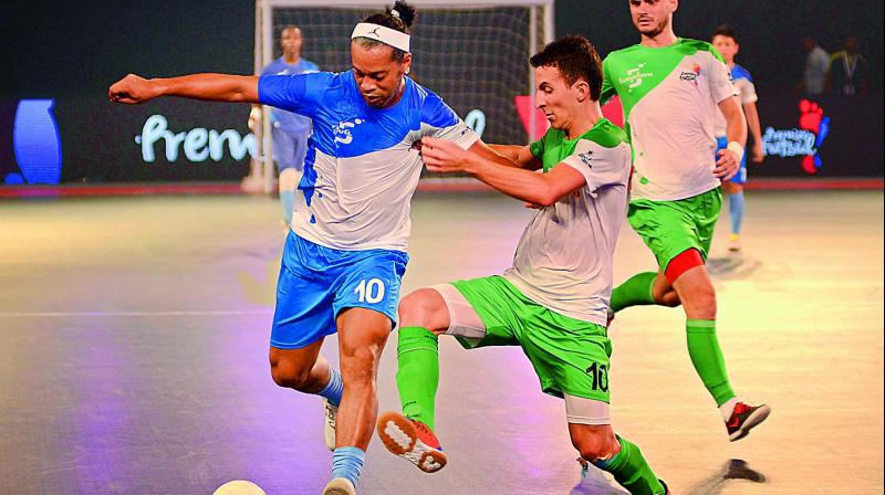 Star-studded: India's futsal league amazes Pakistan [Express Tribune]