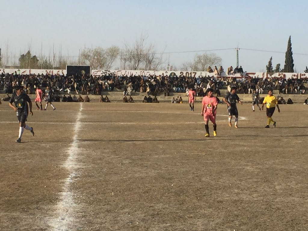 Handsome crowd, exciting matches & applauding football action witnessed on day-one of PPL Balochistan Football Cup 2017