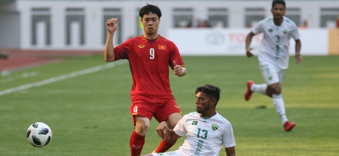 Pakistan thrashed 3-0 by Vietnam on international return [Dawn]