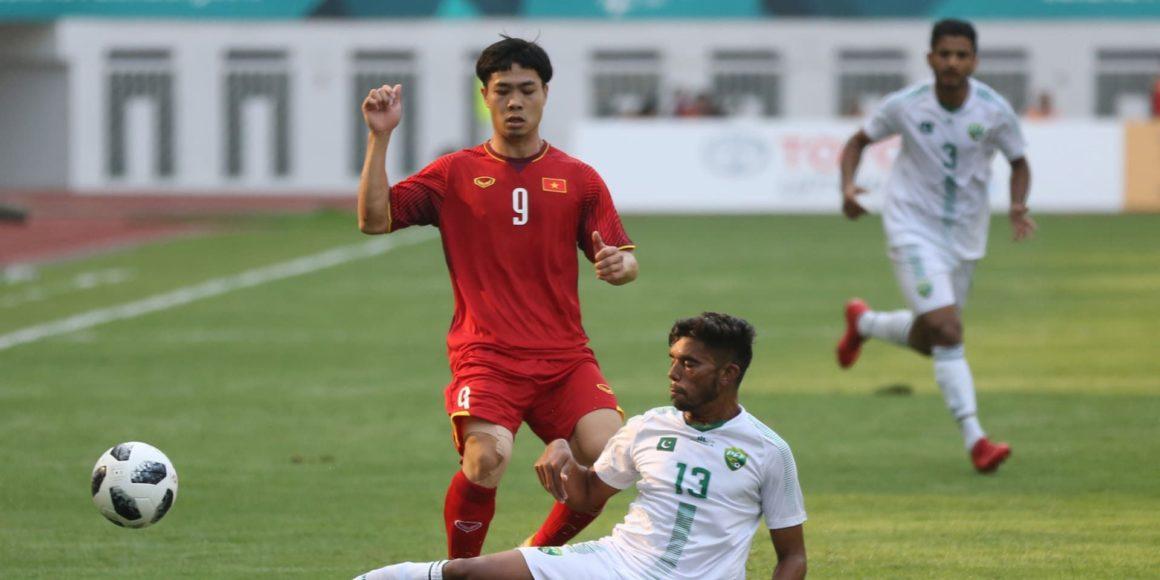 Pakistan thrashed 3-0 by Vietnam on international return [Dawn]