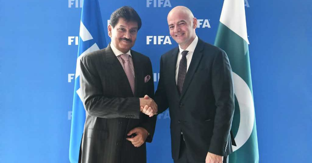 'PFF chief asked FIFA president for mandate extension in meeting' [Dawn]