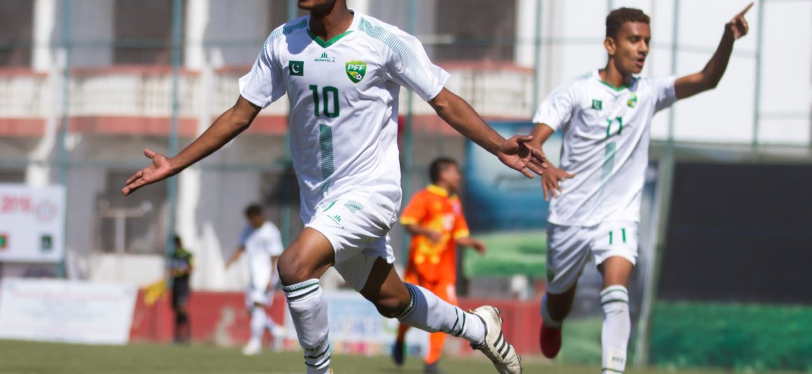 Pakistan storm into SAFF U-15 semi-finals [The News]