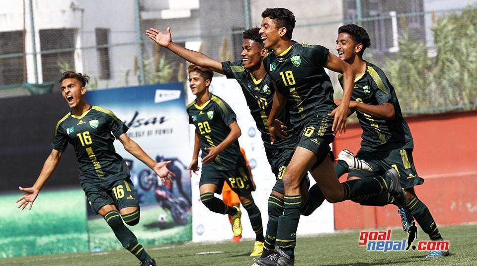 Pakistan beat India 2-1 in SAFF Under-15 C'ship [The News]