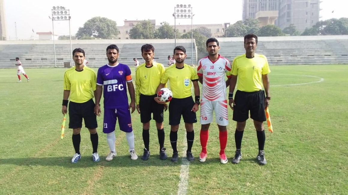 KRL sink Navy to soar to top spot [The News]