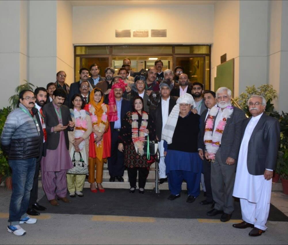 Pak football conundrum [TNS]