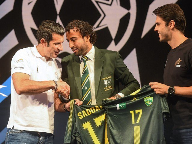 Will guest appearances by Kaka, Figo revive football in Pakistan? [AlJazeera]