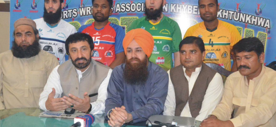 Students of Madrasa to face Minorities Youth in Football League [APP]