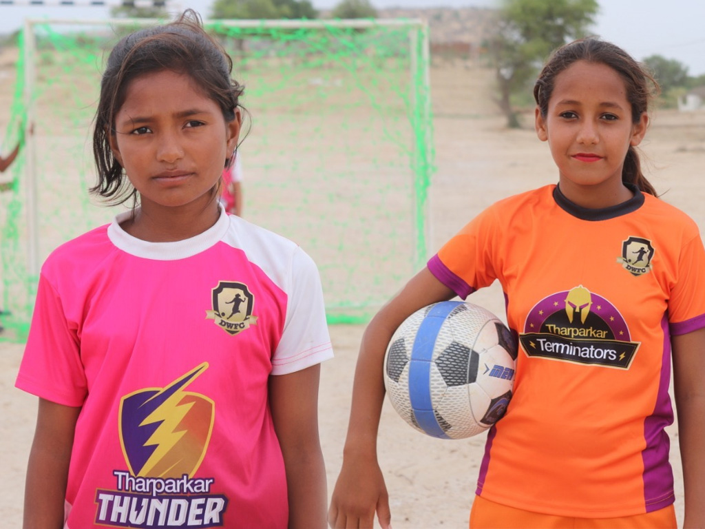 Thari girls to participate in Gothia football World Cup [Business Recorder]