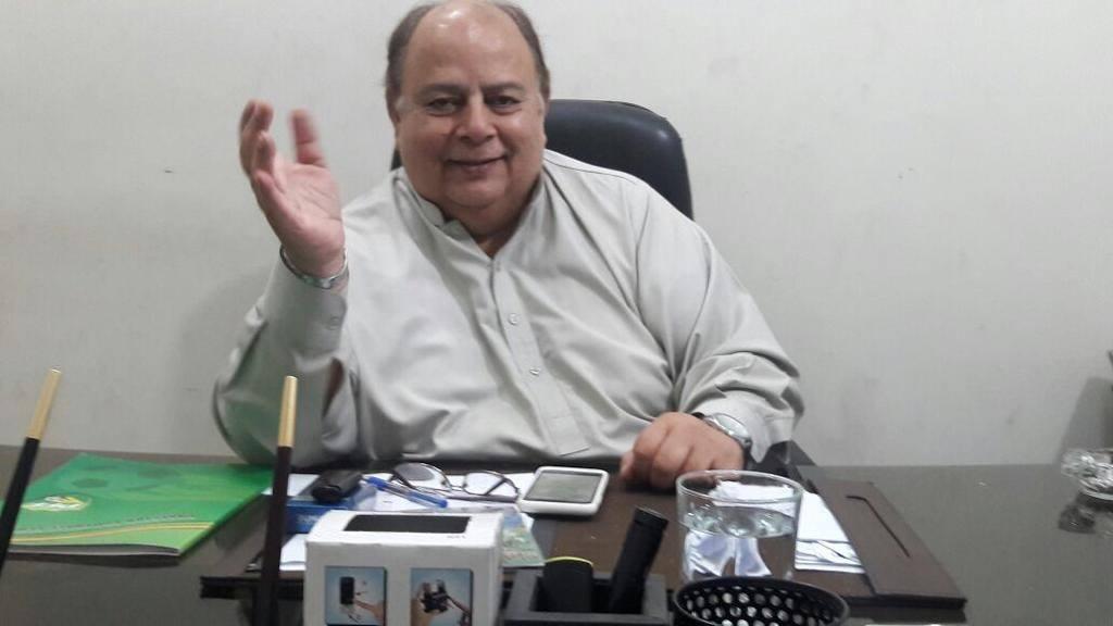Ashfaq group shows willingness to talk [The News]
