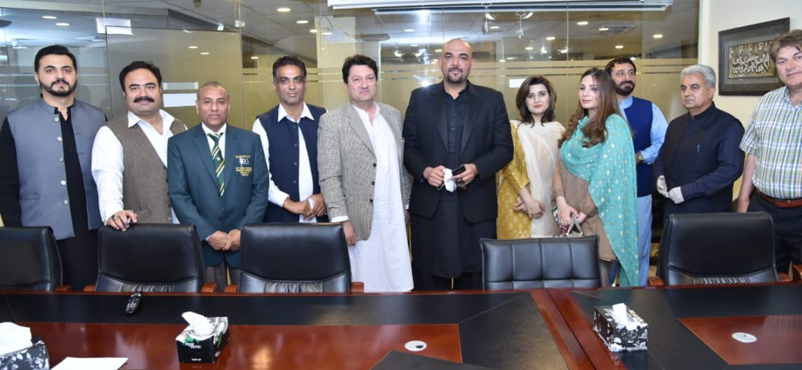 PTI body seeks to uplift football and boost Pakistan's presence at Olympics [The News]