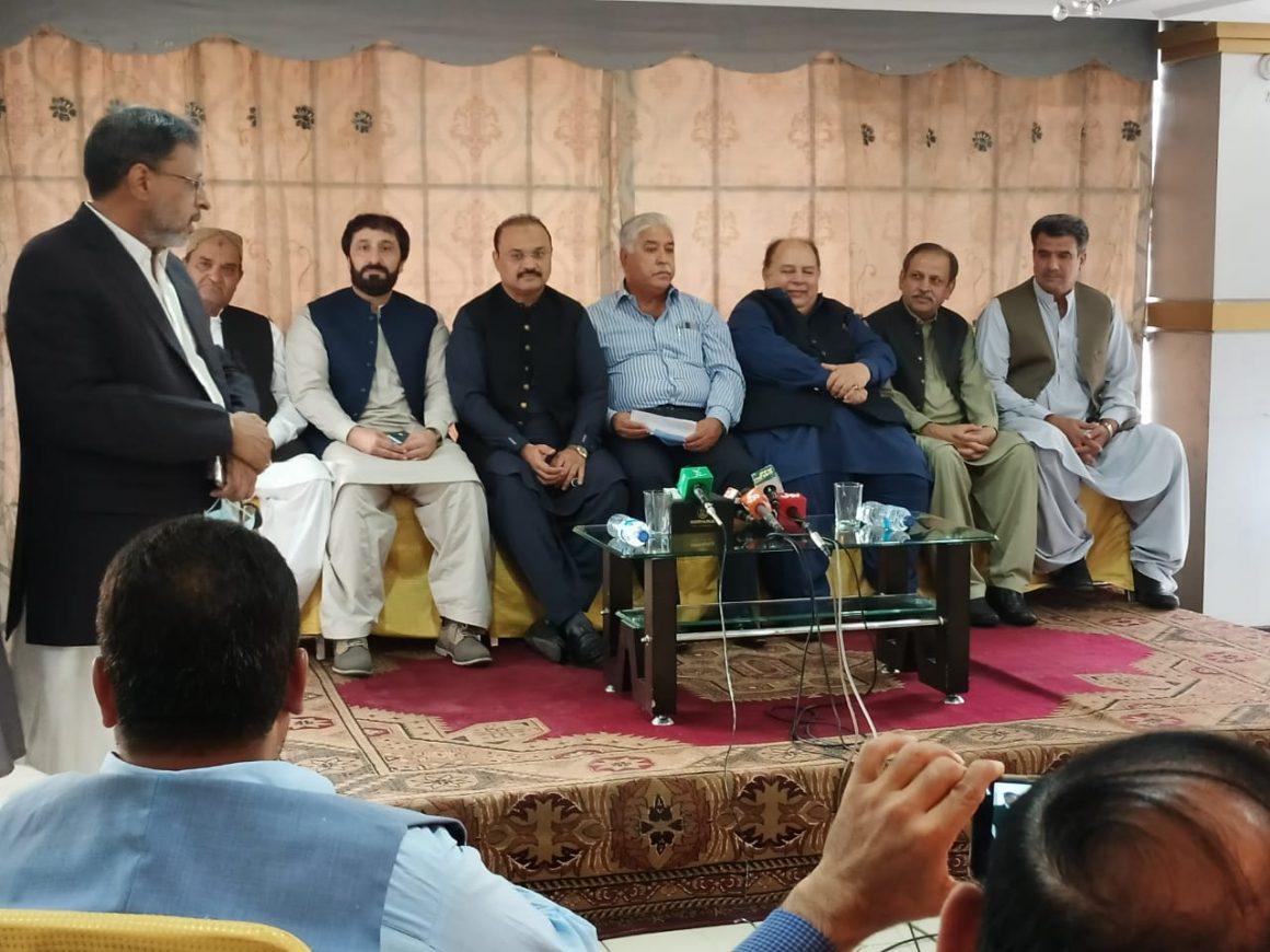 Citing differences, Sardar Naveed 'walks away' from Ashfaq's PFF [Dawn]