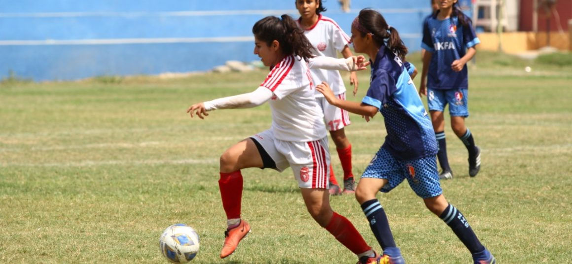 Army whips Riaz Kamil Women FC as goalkeeper falls unconscious [The News]