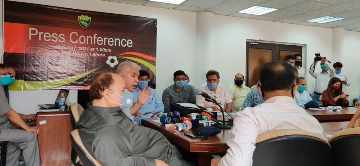 Ashfaq group won't give PFF control to FIFA NC [The News]